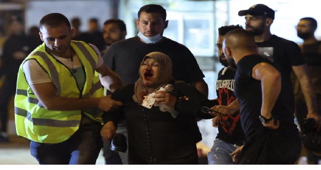 Doğu Kudüs'te çok sayıda Filistinli Kadir gecesinde yaralandı İsrail'in bu vahşetine kim dur diyecek