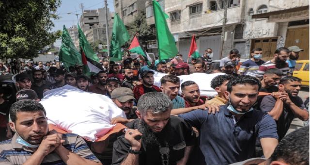 İsrail hava saldırılarını yenilerken Gazze'de cenazeler düzenlendi