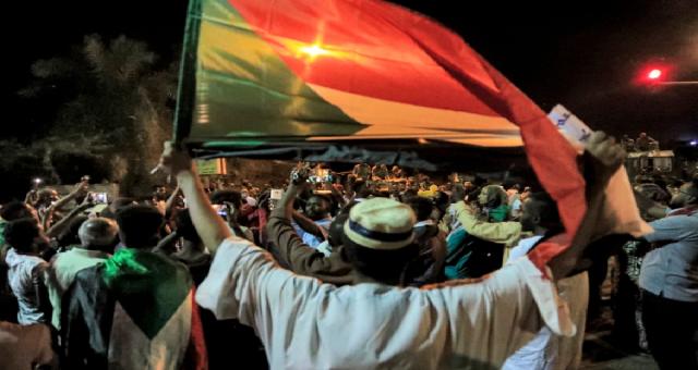 Sudan'da 2019 cinayetini protesto eden mitingde iki kişi öldürüldü