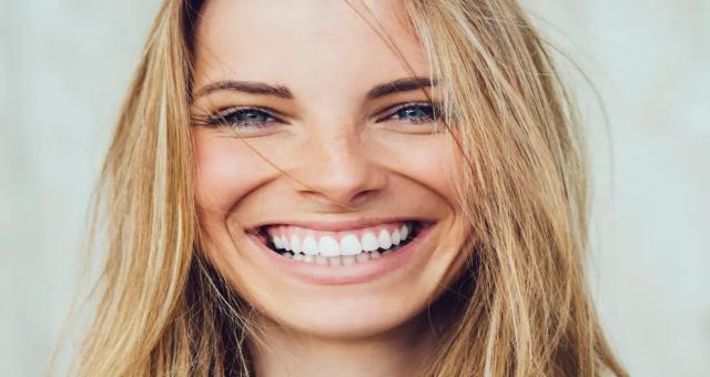 İnternette satılan Diş beyazlatma ürünleri Ölümcül tehlike saçıyor