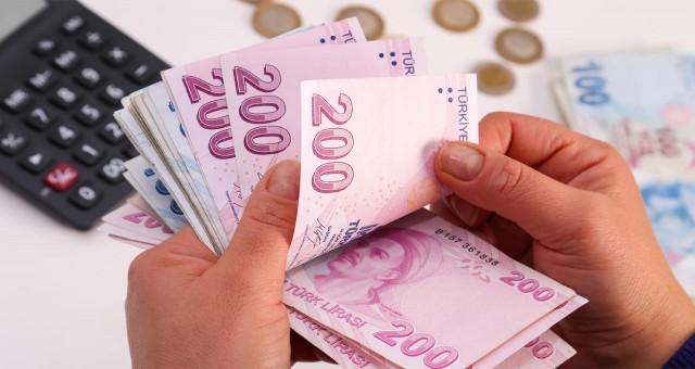 Düşük kredi puanları yüzünden Bankalardan kredi çekemeyen vatandaşa müjde Akbank ve Ziraatten geldi. Artık kredi çekebilirsiniz